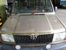 Toyota Qualis 2003 MT for sale in Mumbai