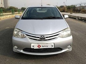 Used Toyota Etios V MT car at low price in Faridabad