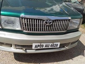 Toyota Qualis 2003 MT for sale in Hyderabad