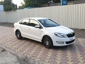 2015 Skoda Rapid 1.5 TDI AT Ambition With Alloy Wheel for sale in Pune