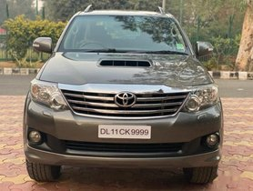Used 2012 Toyota Fortuner 4x2 4 Speed AT for sale in New Delhi