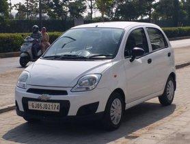 2013 Chevrolet Spark Version 1.0 LS MT for sale in Ahmedabad