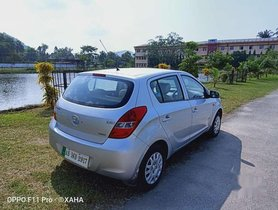 Hyundai i20 Magna 2011 MT for sale in Guwahati