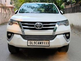 Used Toyota Fortuner 4x2 Manual MT car at low price in New Delhi