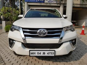 Used 2017 Toyota Fortuner Version 2.8 2WD MT for sale in Mumbai