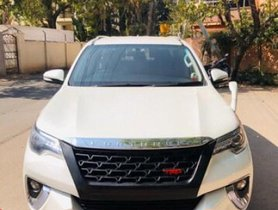 Used Toyota Fortuner 2.8 4WD AT car at low price in Bangalore