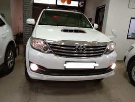 2015 Toyota Fortuner 4x2 AT for sale at low price in New Delhi