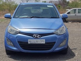 Used Hyundai i20 1.4 Asta AT with AVN car at low price in Pune