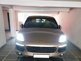 Used 2016 Porsche Cayenne Diesel Platinum Edition AT for sale in New Delhi
