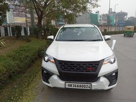 Used 2016 Toyota Fortuner 2.8 4WD AT for sale in New Delhi