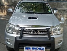 Toyota Fortuner 3.0 Diesel 2011 MT for sale in Mumbai