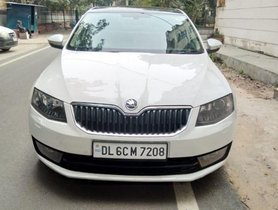Skoda Octavia AT 2014 in New Delhi