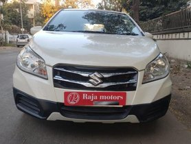 Maruti S-Cross 2015-2017 DDiS 200 Sigma MT for sale in Ahmedabad