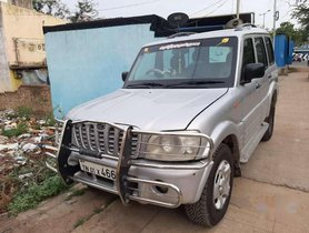 Mahindra Scorpio SLX 2.6 Turbo 7 Str 2004 MT for sale in Chennai