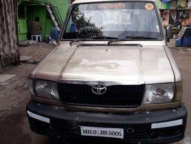 Toyota Qualis FS B1, 2003, Diesel MT in Mumbai