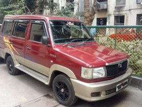 Used Toyota Qualis MT car at low price in Mumbai