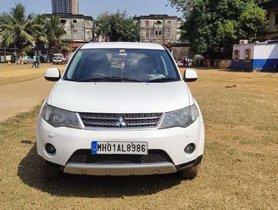 Mitsubishi Outlander 2.4 MIVEC, 2010, CNG & Hybrids AT in Mumbai