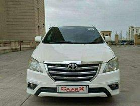 Toyota Innova 2.5 GX 8 STR, 2013, Diesel MT for sale in Mumbai