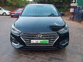 Hyundai Verna 1.6 VTVT SX 2017 MT for sale in Thalassery