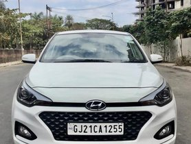 Used Hyundai Elite i20 MT car at low price in Surat