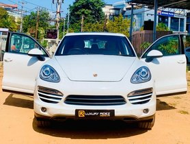Used Porsche Cayenne AT 2009-2014 car at low price in Hyderabad