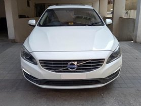 Volvo S60 D4 Momentum AT in Hyderabad
