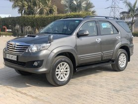 2012 Toyota Fortuner 4x2 Manual MT for sale in Chandigarh