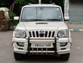 Used Mahindra Scorpio VLX 2013 MT for sale in Kolkata