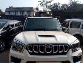 Used 2019 Mahindra Scorpio S5 AT for sale in Kolkata