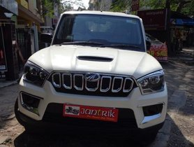 Used 2019 Mahindra Scorpio S5 MT for sale in Kolkata