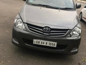Used 2009 Toyota Innova MT 2004-2011 for sale in Chandigarh