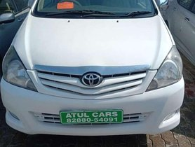 2010 Toyota Innova MT for sale at low price in Chandigarh