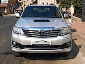 Toyota Fortuner 4x2 AT 2013 for sale in Mumbai