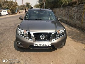 Used 2014 Nissan Terrano XL P MT car at low price in Noida