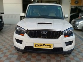 2016 Mahindra Scorpio S6 Plus Diesel MT for sale in Faridabad