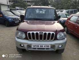 2005 Mahindra Scorpio SLX 2.6 Turbo 7 Str MT for sale at low price in Hyderabad