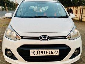 Used 2016 Hyundai i10 Sportz MT for sale in Surat