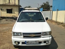 Used 2010 Chevrolet Tavera Neo MT for sale in Pune