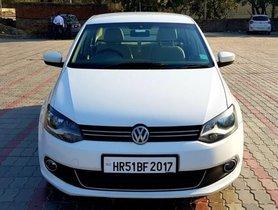Volkswagen Vento Petrol Highline MT 2015 in New Delhi