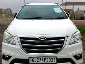 Used Toyota Innova 2.5 V 7 STR, 2016, Diesel MT for sale in Ahmedabad