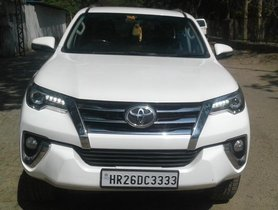 2017 Toyota Fortuner 4x2 AT for sale at low price in New Delhi