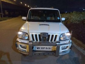 Used 2014 Mahindra Scorpio VLX MT for sale in Kolkata