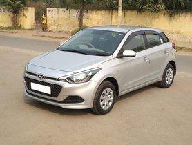 2017 Hyundai Elite i20 1.2 Magna Petrol MT in New Delhi