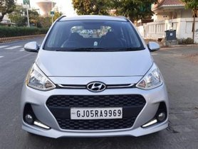 Used Hyundai Grand i10 1.2 Kappa Sportz Option AT 2017 for sale in Ahmedabad