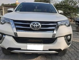 Toyota Fortuner 4x4 AT 2016 for sale in Bangalore