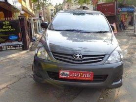 Used Toyota Innova 2.5 GX 8 STR BSIV MT 2012 in Kolkata