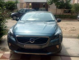 Used Volvo V40 D3 Kinetic, 2014, Diesel AT for sale in Tiruppur