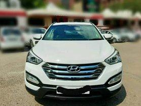 2014 Hyundai Santa Fe 4x4 Diesel MT for sale in New Delhi