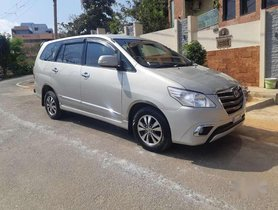 Used 2016 Toyota Innova 2.5 VX 8 STR MT for sale in Nagar