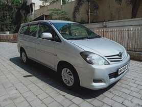 Used 2010 Toyota Innova 2004-2011 MT for sale in Thane